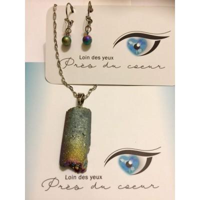Ensemble chaine à petits maillons avec pendentif quartz iridescent et boucles d'oreilles courtes ( tout en acier inoxydable)